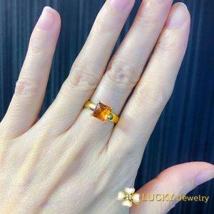 Nhẫn vàng 18K đính đá Thạch Anh LJGT21