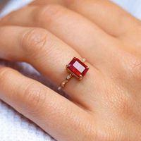 Nhẫn vàng 18K đính đá quý LJGU09