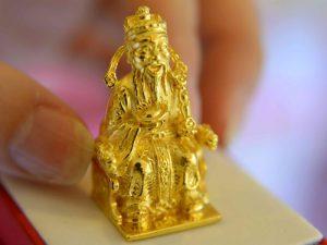 Mua vàng ngày vía Thần Tài có ý nghĩa gì ?